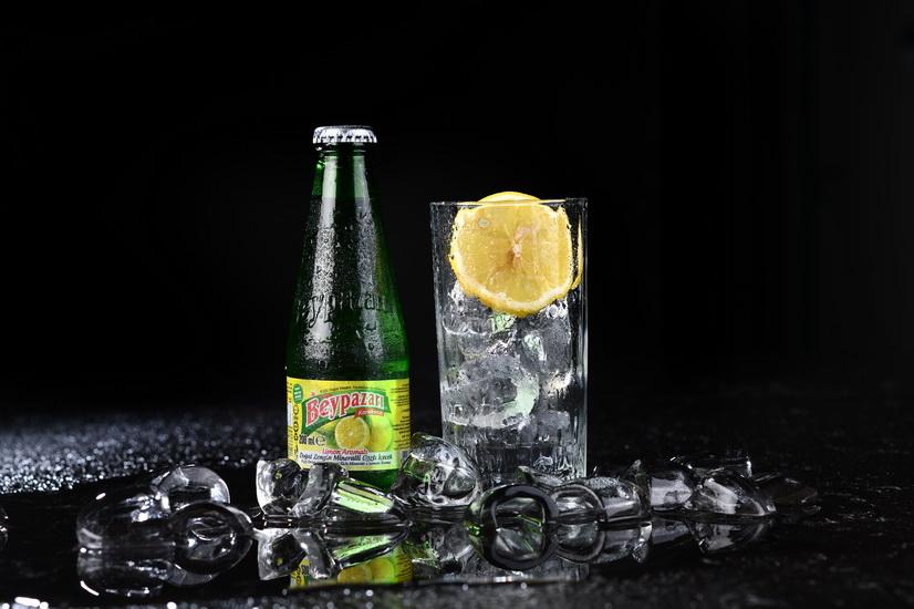Mineral Water & Lemon